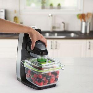 System do pakowania próżniowego Fresh FFS010X. Fot. FoodSaver