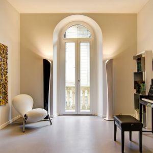 Tynki dekoracyjne z efektem metalicznym: kolekcja Senso marki Metropolis. Fot.  Dekorian Home