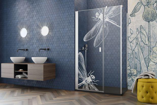 Jakwprowadzić do łazienki kilka nowości w wiosennym stylu? Soczyste kolory, piękne zapachy i odrobina zielni z pewnością wpłyną pozytywnie na nasze samopoczucie - od samego rana po późny wieczór. W końcu to w tym miejscu zwykle zaczynamy i k