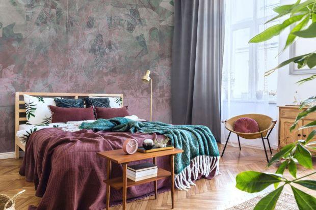 Jaki kolor wybrać w sypialni? Najlepiej takie, które pomogą nam odpocząć i wyciszyć emocje, towarzyszące nam przez cały dzień.