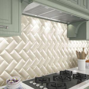 Ściana nad blatem w kuchni: płytki ceramiczne marki  Natucer, kolekcja Bella. Fot. Natucer