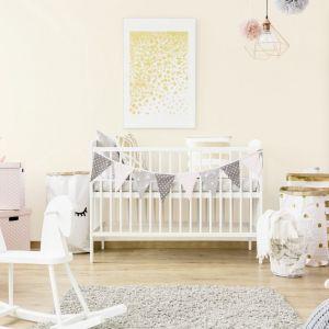 Pomysł na urządzenie pokoju dziecka. Na zdjęciu: ściany pomalowane farbą dostępną w ofercie firmy Śnieżka. Fot. Śnieżka
