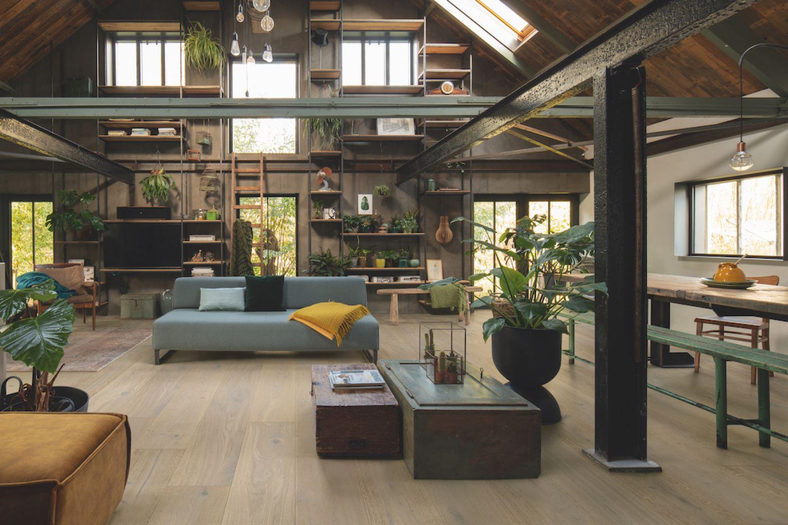 Podłogi drewniane - nowa technologia lakierowania Quick-Step Wood for Life. Fot. Quick-Step