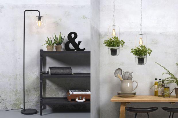 Całą kolekcję łączy znakomity, prosty design, wysoka jakość i dbałość o detale, a także innowacyjne rozwiązania projektowe.