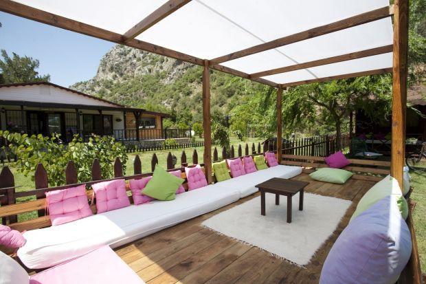 Ogród pod dachem - tak stworzysz strefę relaksu