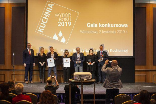 W związku z zaistniałą sytuacją epidemiologiczną oraz koniecznością odwołania tegorocznego Forum Branży Łazienkowej i Kuchennej rozstrzygnięcia konkursów organizowanych przez magazynDobrze Mieszkaj i portal Dobrzemieszkaj.pl odbędą się 27