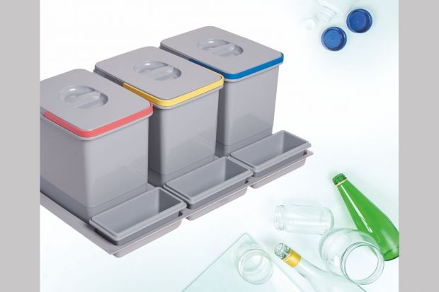 Ekologiczne segregatory do szuflad to idealne rozwiązanie, które pozwoli w jednym miejscu gromadzić wszystkie śmieci. A do tego każdego dnia dokładasz swoją małą cegiełkę do pracy nad zielonym światem.