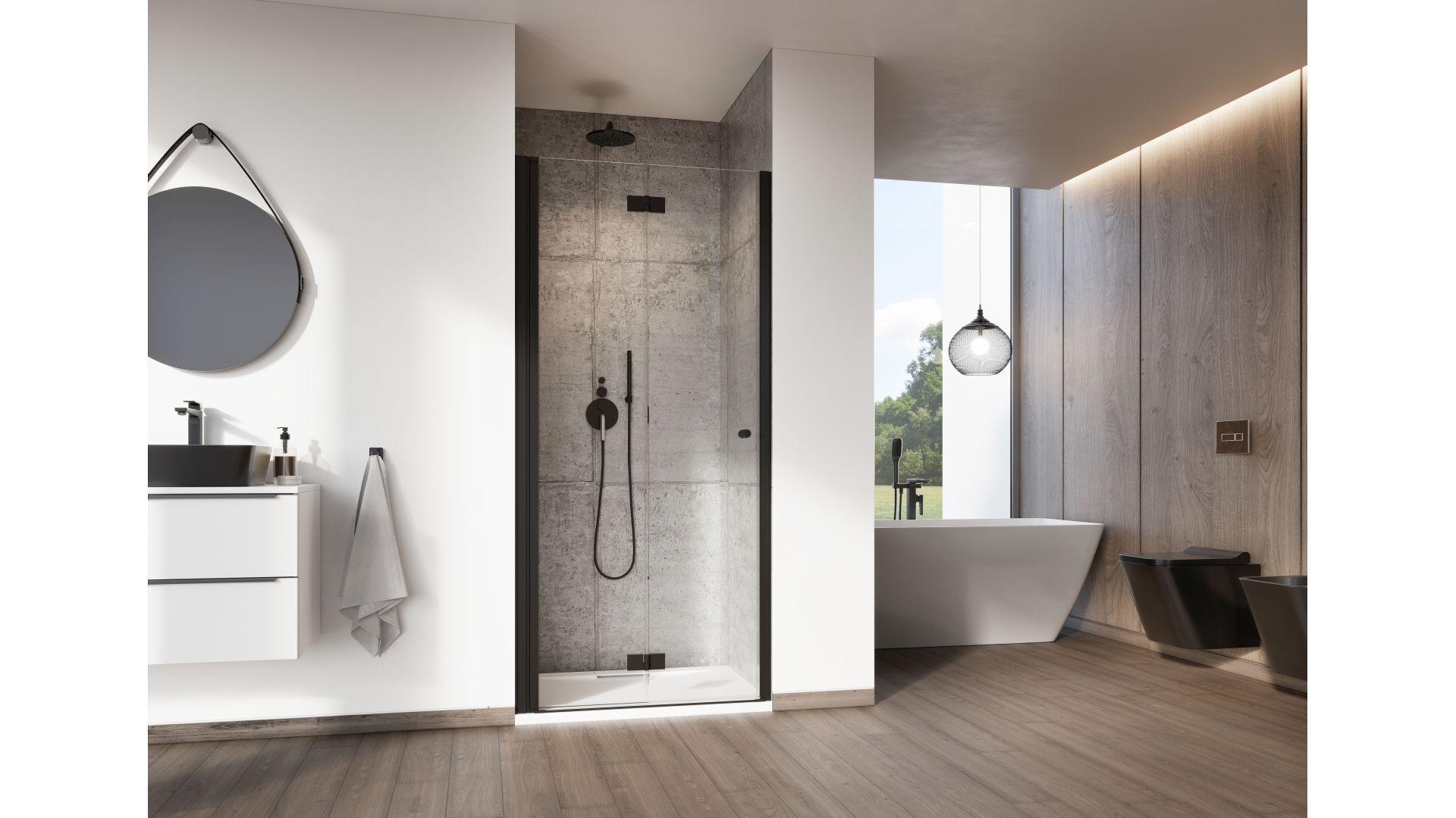 Wybierając odpowiedni model kabiny prysznicowej należy zastanowić się nad jej kształtem, wielkością, sposobem otwierania drzwi, wariantem szkła oraz możliwościami jej spersonalizowania. Fot. Radaway