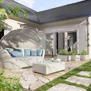 Pomysł na piękny taras. Na zdjęciu: mebli z kolekcji Portofino. Fot. Gardenspace.pl