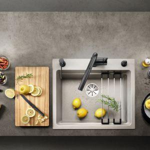 Strefa zmywania w kuchni. Bateria Blanco Linus-S i dozownik do mydła. Fot. Comitor