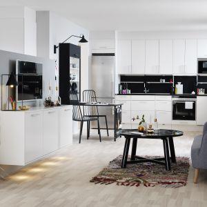 Kuchnia w stylu skandynawskim. Fot. Marbodal Arkitekt plus vit