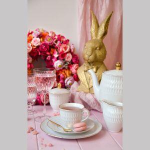 Wielkanocna aranżacja stołu. Kolekcja porcelany Sofia. Fot. Ćmielów