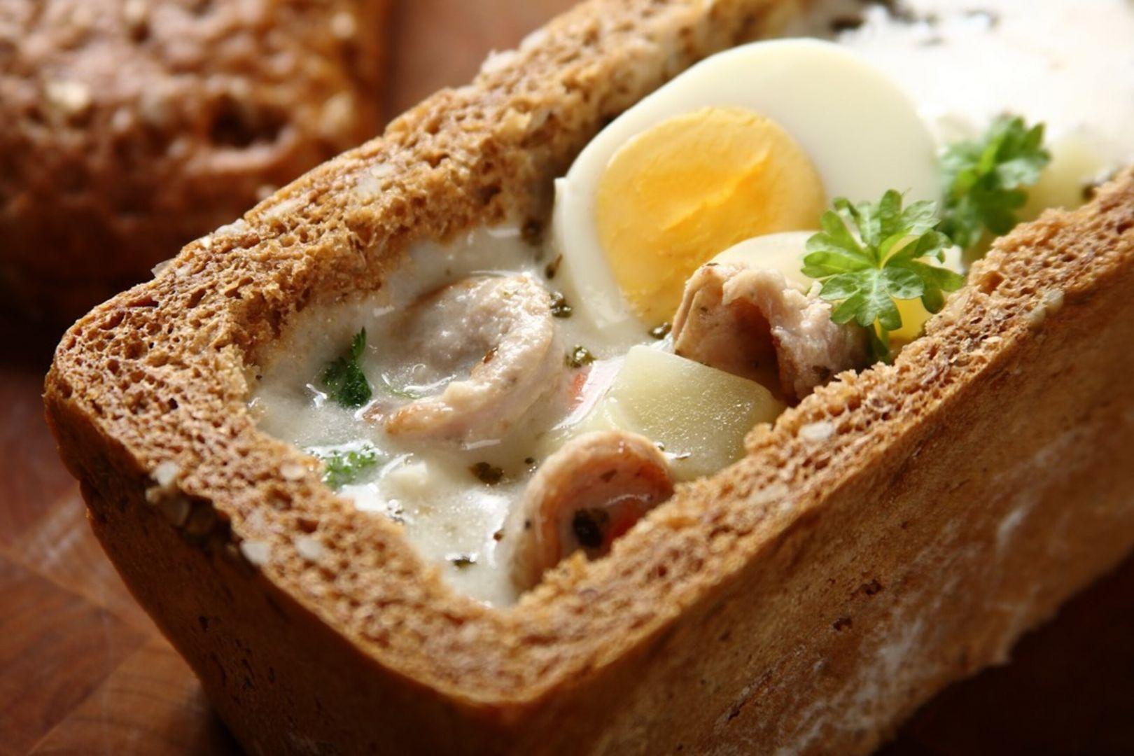 Wielkanocny żur w chlebie. Fot. Knorr