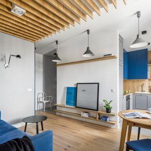 Salon w bloku. 15 pięknych aranżacji. Projekt 3XEL Architekci. Fot. Dariusz Jarząbek