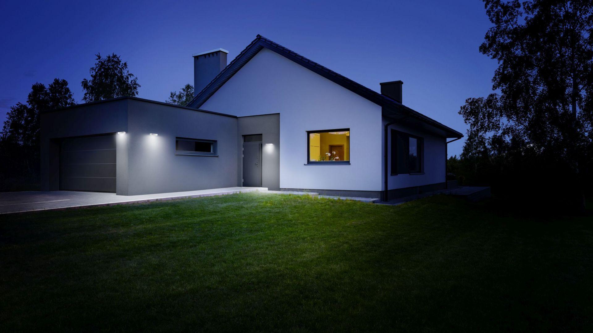 Inteligentne oświetlenie wokół domu: Mood SOL-O_S. Fot. Steinel Lange Łukaszuk