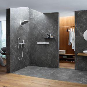 Ciemne kolory w łazience. To jest trendy! Fot. Hansgrohe