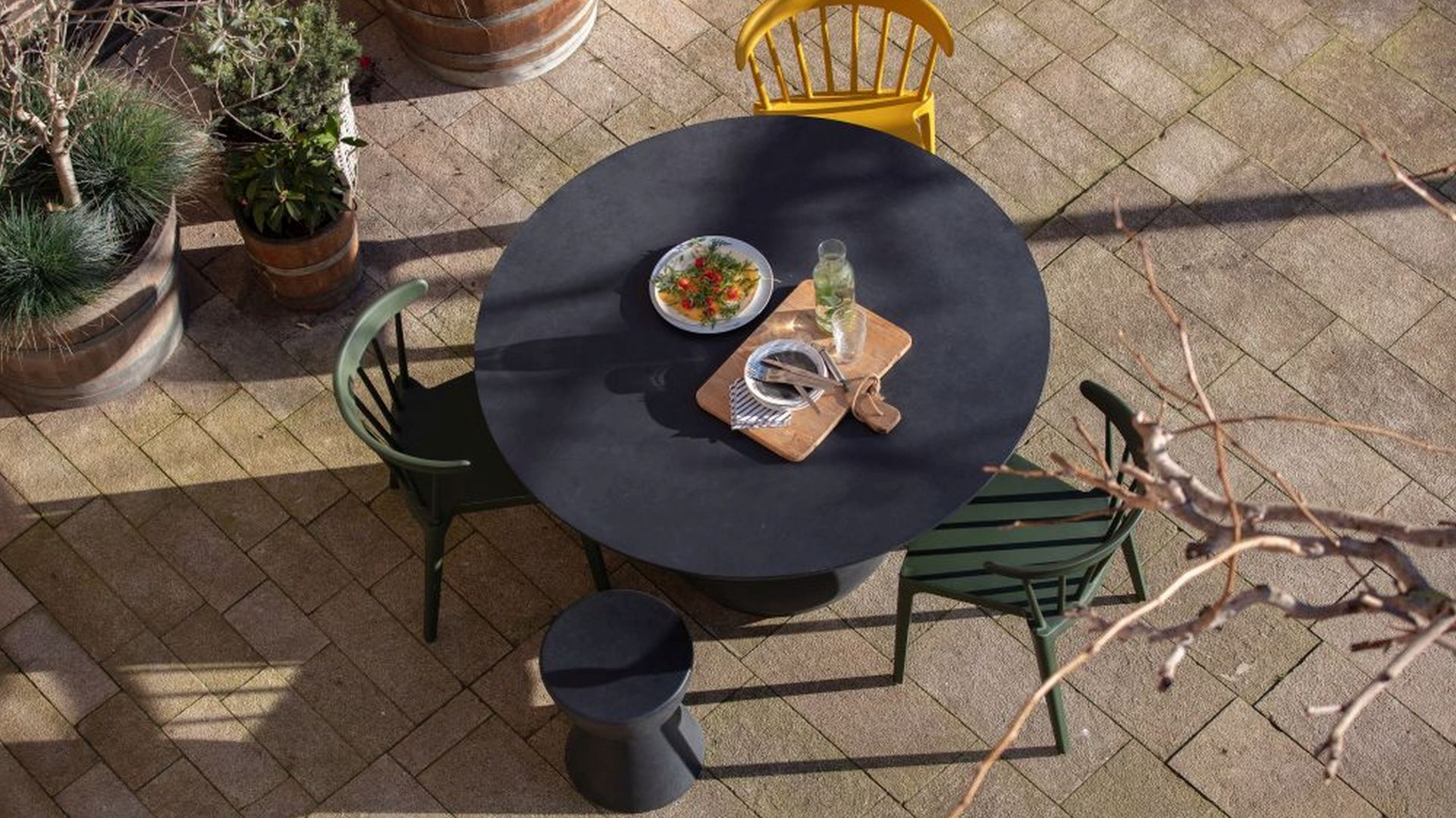 Poczuj wiosnę wokół domu! Pomysły na ogród, taras, balkon. Fot. Woood Bliss