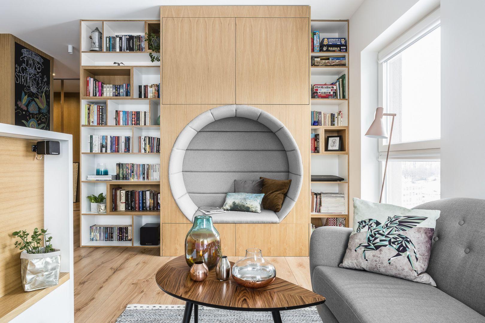 Domowa biblioteczka. Podpowiadamy jak urządzić. Projekt Magma Fot. Fotomohito