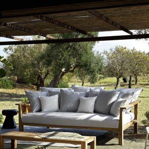 Sofa INOUT 04 z oferty firmy Gervasoni. Do kupienia w Mood-Design. Fot. Gervasoni