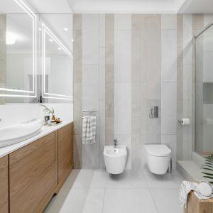 Łazienka w bloku. Najlepsze pomysły na mały metraż, dużo pięknych zdjęć Projekt JT Group