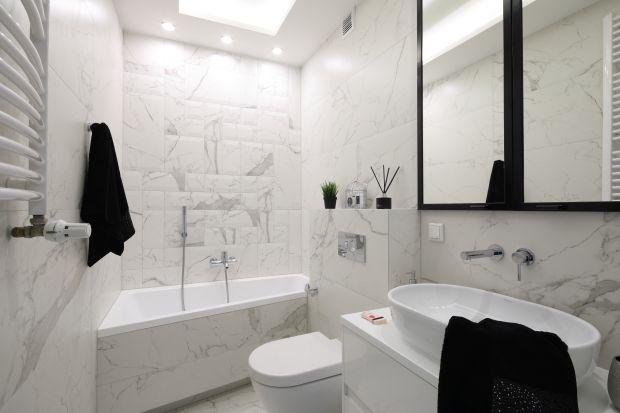 To nie metraż daję gwarancję komfortu w łazience, ale właściwie dobrane wyposażenie. W aktualnej ofercie dedykowanej małym łazienkom znajdziemy wiele nowoczesnych rozwiązań do strefy kąpieli.