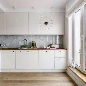 Kuchnia dla rodziny - 15 pomysłów na modne wnętrze. Projekt Saje Architekci. Fot. Fotomohito