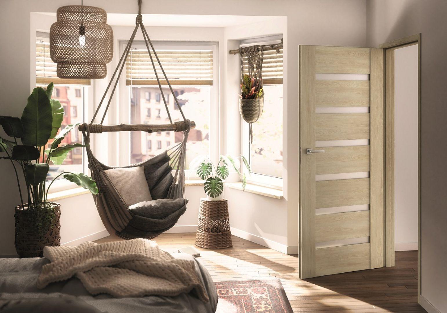 W domu warto stworzyć ciekawy kącik do wypoczynku. Na zdjęciu drzwi Clif Dąb Marone. Fot. RuckZuck