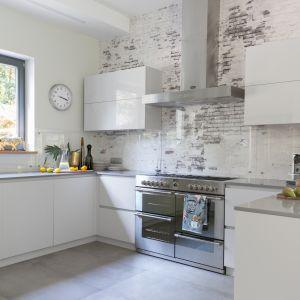 Kuchnia otwarta - 20 pięknych aranżacji wnętrz. Projekt Małgorzata Dents. Fot. Pion Poziom