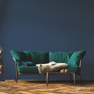 """Ściany w kolorze """"W sercu oceanu"""" z palety Bondex Smart Paint doskonale sprawdzą się w sypialni czy salonie.  Fot. Bondex"""