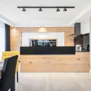 Projekt kuchni zajął 2. miejsce w konkursie Kuchnia - Studio Roku 2020, organizowanym przez portal Dobrzemieszkaj.pl. Projekt: Studio Mebli Kuchennych Max Kuchnie  Euroclas Czyżowice.