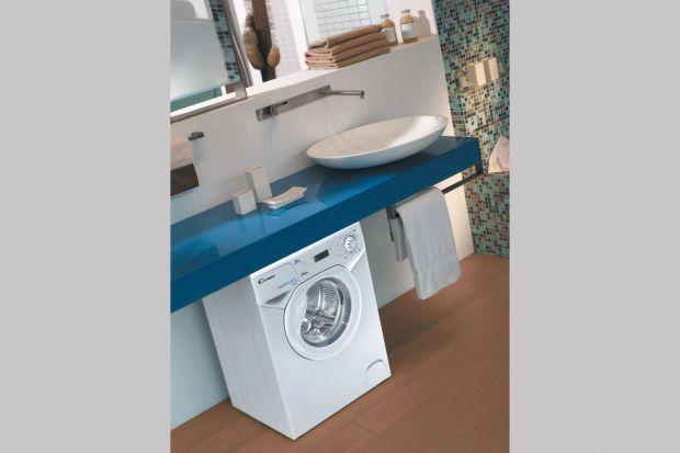 Jak funkcjonalnie i wygodnie urządzić małą łazienkę? Podpowiadamy jakie rozwiązania zastosować i jaki sprzęt wybrać. Przeczytajcie.
