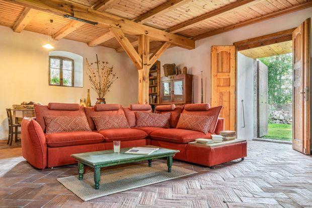 Sofa z barem - przydatny gadżet? Zobaczcie kilka modeli