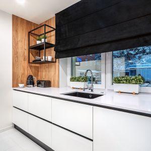 Projekt: Studio Mebli Kuchennych Max Kuchnie Chome Świdnica.