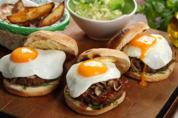 28 maja Światowym Dniem Hamburgera