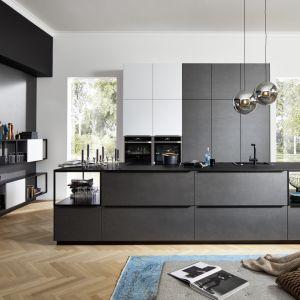 Czarne fronty w kuchni - to jest hit! Fot. Nolte Kuchen