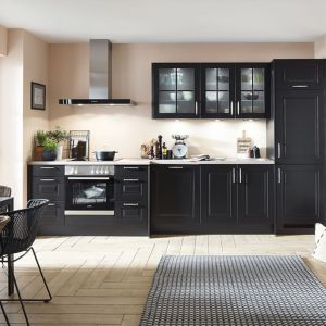 Czarne fronty w kuchni - to jest hit! Fot. Verle Kuchen
