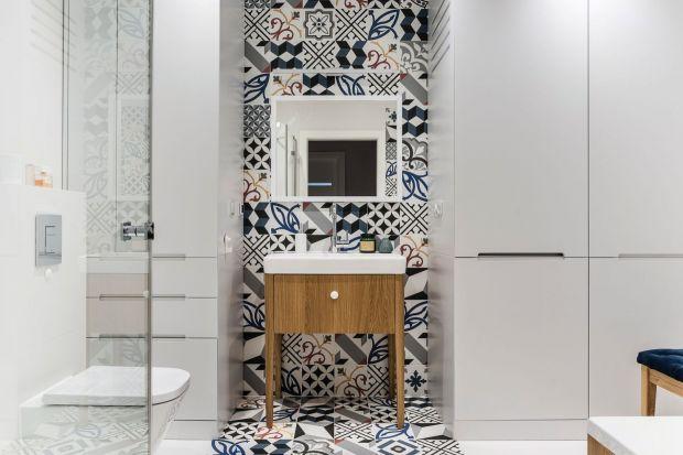 Mamy dla Was 15 pomysłów na wykończenie ścian w łazience. Każdy jest świetny. Szukajcie wśród nich inspiracji do swoich łazienek.