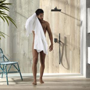 Designerskie baterie podtynkowe PROJECT tworzą elegancki wystrój w strefie prysznica. Fot. Tres