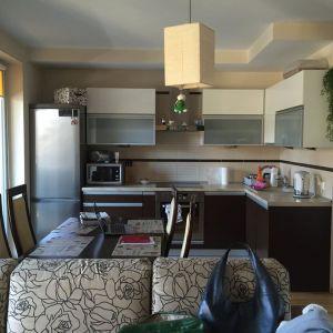 Mieszkanie dla rodziny 2+1 - salon i jadalnia. Zdjęcie PRZED
