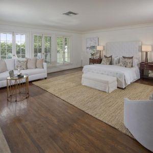 W 2015 roku Taylor Swift kupiła historyczną posiadłość rodziny Golwynów - magnatów amerykańskiego przemysłu filmowego z lat 30. i 40. Źródło: Top Ten Real Estates