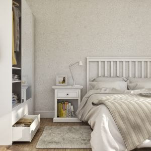 Ściana za łóżkiem: panele dekoracyjne Motivo, wzór Daisy. Fot. Vilo