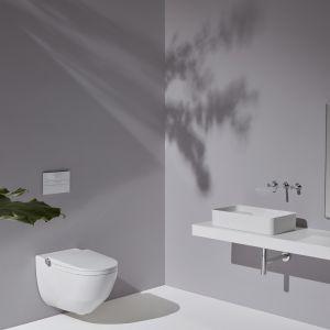 Intuicyjna toaleta myjąca Cleanet Riva wyposażona jest też w funkcję automatycznego oczyszczania powietrza z filtrem węglowym. Miska WC w technologii Rimless pokryta powłoką Clean Coat, zapobiegającą osadzaniu się nieczystości. Laufen