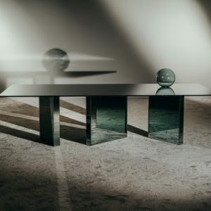ATOMIC Dining Table. Fot. Giopagani