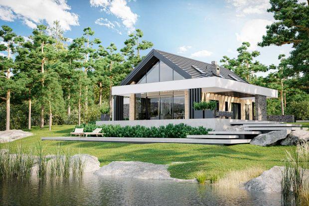 Projekt tego dom to świetnapropozycja dla osób, które lubią nowoczesną architekturę, jak również fajnie zaprojektowane, przytulne wnętrza. Zobaczcie jak dom prezentuje się w środku i na zewnątrz.