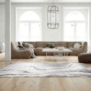 Dywan Craft Marmo - szary dywan, który charakteryzuje bardzo nowoczesny marmurowy wzór  Marka: Komfort. Fot. Komfort