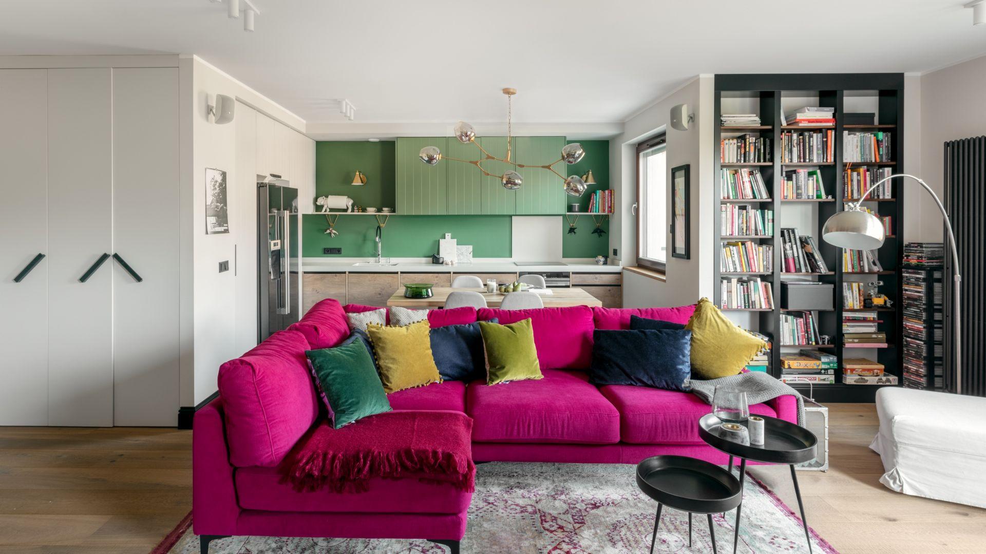 Mieszkanie pełne kolorów - piękny apartament we Wrocławiu. Projekt Finchstudio. Fot. Aleksandra Dermont Ayuko Studio