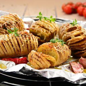 Pieczone ziemniaki po szwdzku