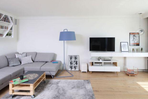 Jaką szafkę pod telewizor wybrać? Jaki model będzie najlepszy? Jaki najfajniejszy? Zobaczcie przegląd 15 ciekawych propozycji szafek pod telewizor z polskich domów.
