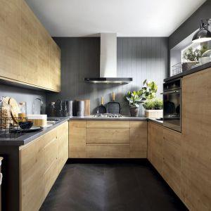 Meble do kuchni - 15 świetnych kolekcji, które sprawdzą się w bloku. Fot. BRW