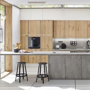 Betonowe inspiracje w kuchni. 12 pomysłów na modne meble. Fot. Ballerina